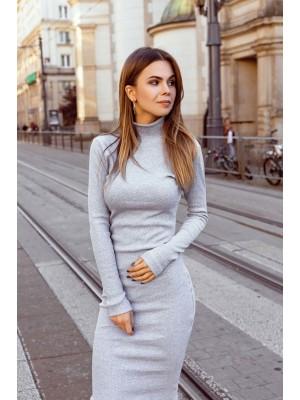 Sukienka z golfem szara