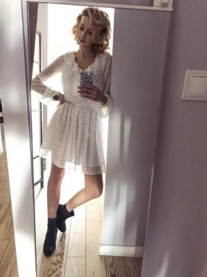 VERONA biała sukienka w groszki